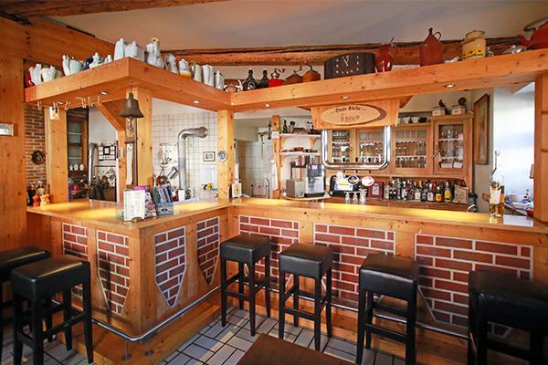 wie in omas k che ihr urgem tliches restaurant in sch ningen am elm. Black Bedroom Furniture Sets. Home Design Ideas
